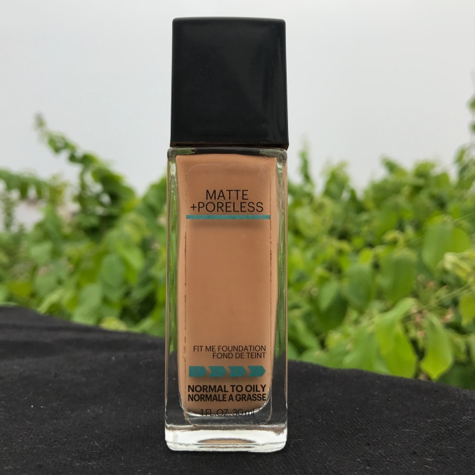Maybelline Fit Me foundation 322 Warm Honey